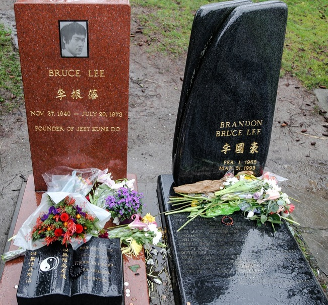 Bruce and Brandon Lee's grave.